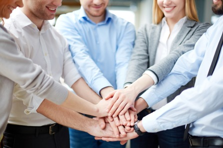 FreeGreatPicture.com-50300-in-the-figure-of-unity-and-cooperation-in-the-workplace
